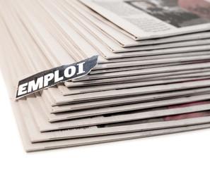 emploi dans annonce de journal