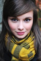 Fototapeta dziewczyna w szalu obraz