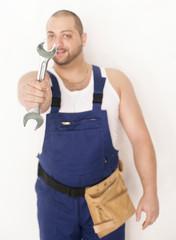 Handwerker mit Schraubschlüssel