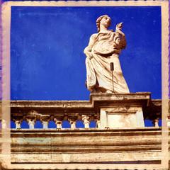 Colonnato del Bernini, Basilica di San Pietro in Vaticano