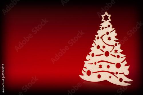 Albero Di Natale Su Sfondo Rosso E Nero Stock Photo And Royalty