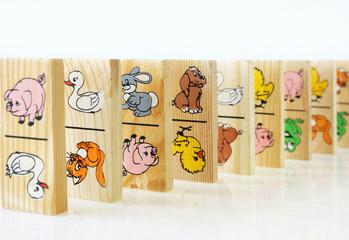 children's game of dominoes