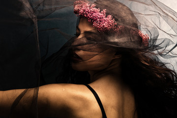 dance under veil