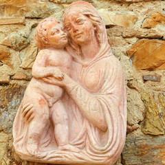 Madonna with child - tuscan terracotta decor