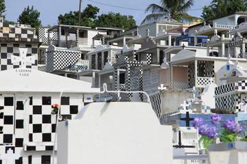 Guadeloupe - Cimetière de Morne à L'Eau