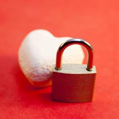 coeur et cadenas