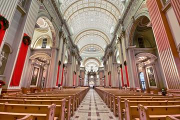 Image HDR LaBasilique de Marie Reine du Monde à Montréal