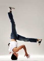 breakdance head spin