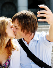 honeymoon kiss