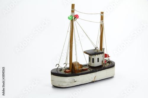 игрушки рыбацкая лодка