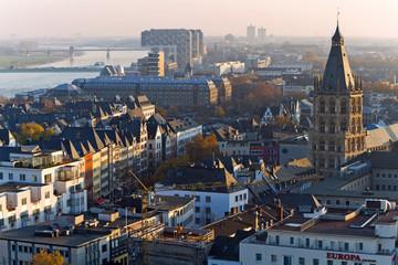 Fototapete - Kölner Altstadt, Rathaus von Köln