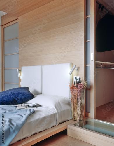 camera da letto con boiserie\
