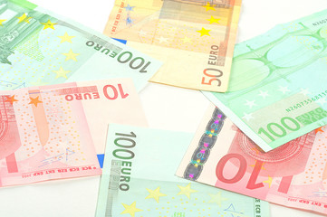 Euro banknotes in the circle