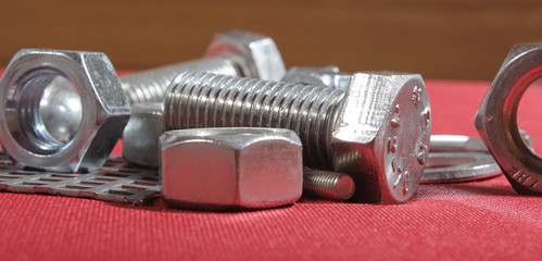 Construction Hardware: Screws, Bolts, Nuts and Rivets