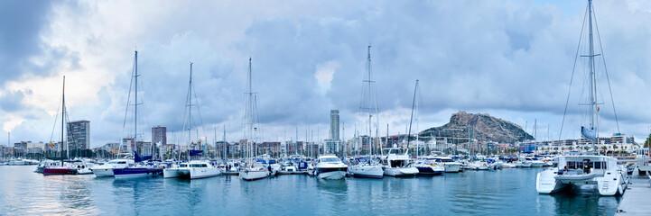 Tarde en el puerto de Alicante