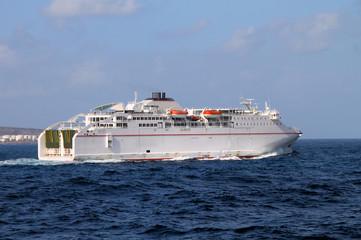 Fährschiff vor Las Palmas