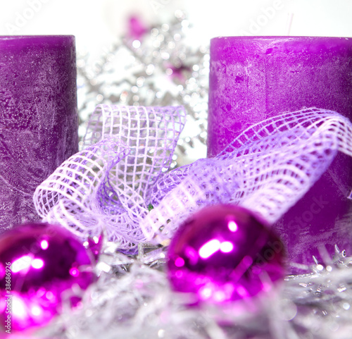 Weihnachtsdeko Lila.Weihnachtsdeko In Lila Stock Photo And Royalty Free Images On