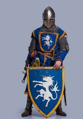 Foto op Canvas Ridders Medieval knight on grey background.