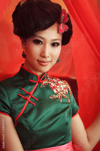 Dating Chinese Women - Meet Single Girls And Ladies from China Online