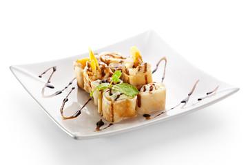 Sweet Fruit Sushi Roll