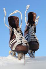 vintage pair of mens  skates