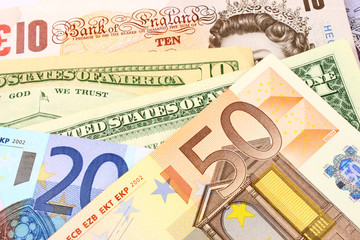 Euro, UK & US Currency