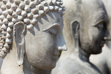 Incomplete buddha statue, Shallow DOF