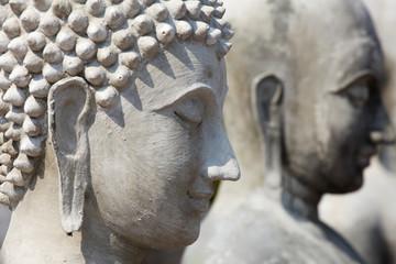 Incomplete buddha statue, Shallow DOF