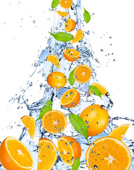 Fotobehang Opspattend water Oranges falling in water splash, isolated on white background