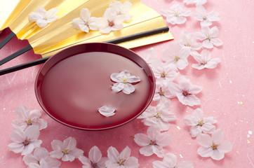 桜と杯と扇