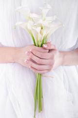 Elegant bridal bouquet of white callas
