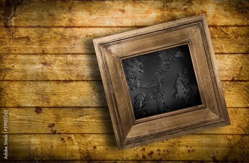 quadro bagnato contro parete di legno immagini e fotografie royalty free su file. Black Bedroom Furniture Sets. Home Design Ideas
