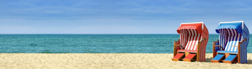 Fotobehang Noordzee Strandpanorama mit zwei Strandkörben B800