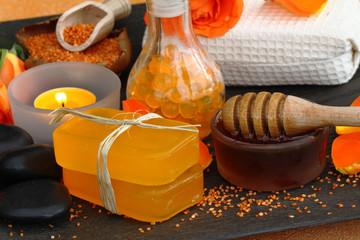 Schönheitspflege mit Honig