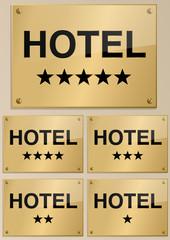 PLAQUE_NOIRE_OR_HOTEL_5