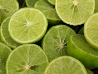 fresh slices lemon