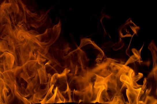 Flammenmeer mit Platz für Text
