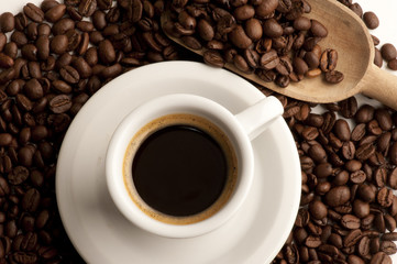 cup of coffee with cfee beans
