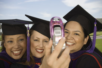 Female graduates photo messaging
