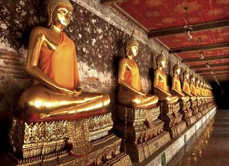 row of buddha image