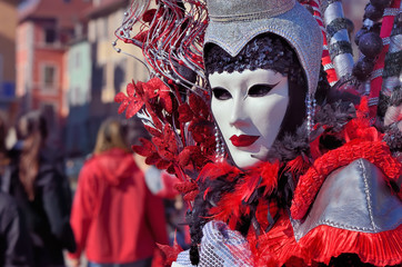 masque,spectacle,fête,carnaval,venise,annecy,rouge