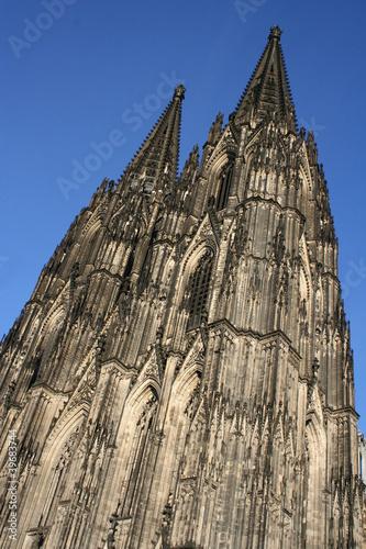 K lner dom k ln cologne gotik architektur stockfotos - Architektur gotik ...