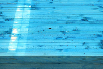 Blaue Dachlatten