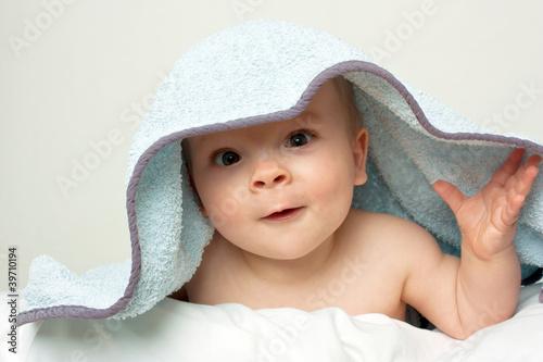baby kleinkind 11 monate stockfotos und lizenzfreie bilder auf bild 39710194. Black Bedroom Furniture Sets. Home Design Ideas
