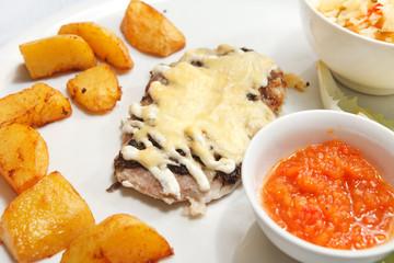 Schnitzel with potatoes