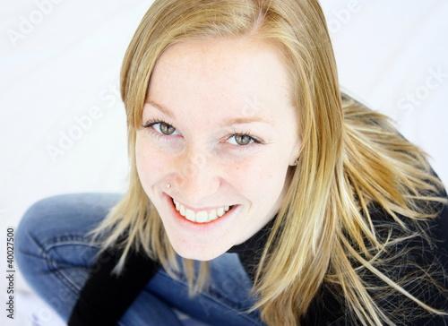 Belle adolescente blondeescente ado blonde photo libre de droits sur la banque d 39 images - Fille ado belle ...