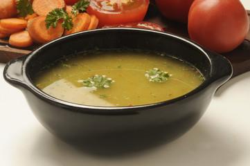Vegetable soup Minestra di verdure Sopa 汤
