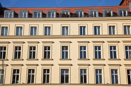 gr nderzeit haus in berlin stockfotos und lizenzfreie bilder auf bild 40100911. Black Bedroom Furniture Sets. Home Design Ideas