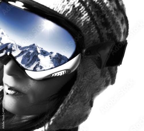 femme et son masque de ski photo libre de droits sur la banque d 39 images image. Black Bedroom Furniture Sets. Home Design Ideas
