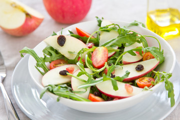 Apple,Pomegranate and Rocket salad